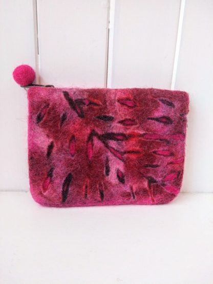 felt leaf purse pink and red